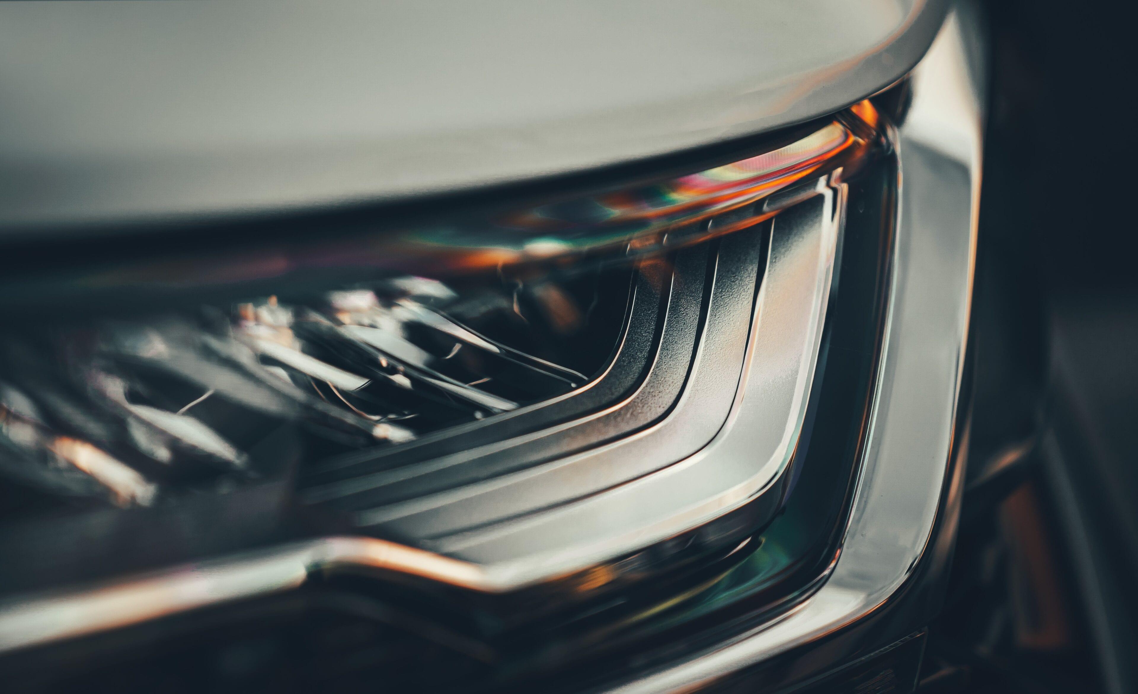 Honda SENSING is een geavanceerd veiligheidspakket dat u en uw passagiers veilig op de weg houdt. denk hierbij aan botsing en letselbeperkend remsysteem