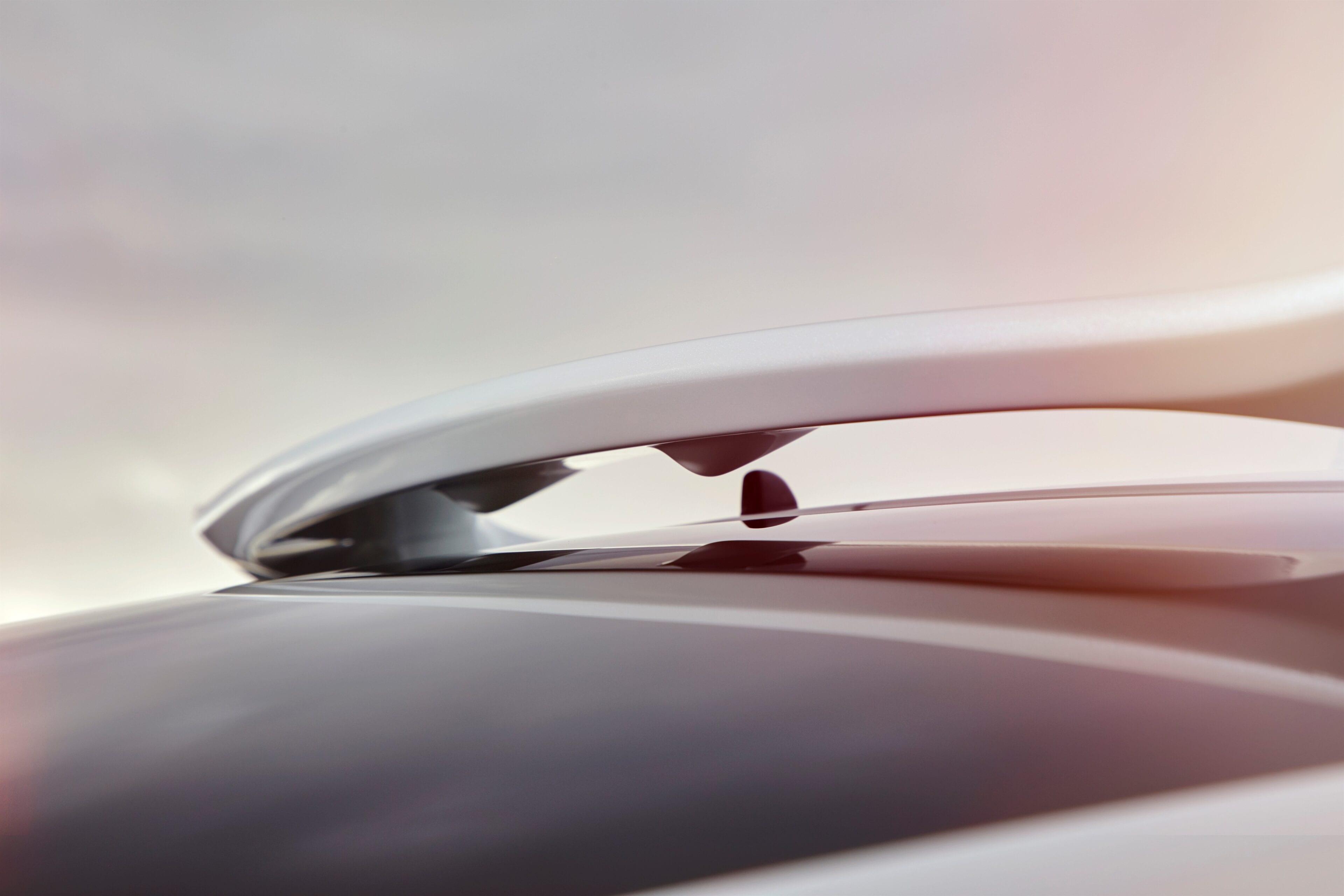 Er is geen twijfel over mogelijk dat deze auto, met zijn vloeiende atletische lijnen, gemaakt is om te presteren.