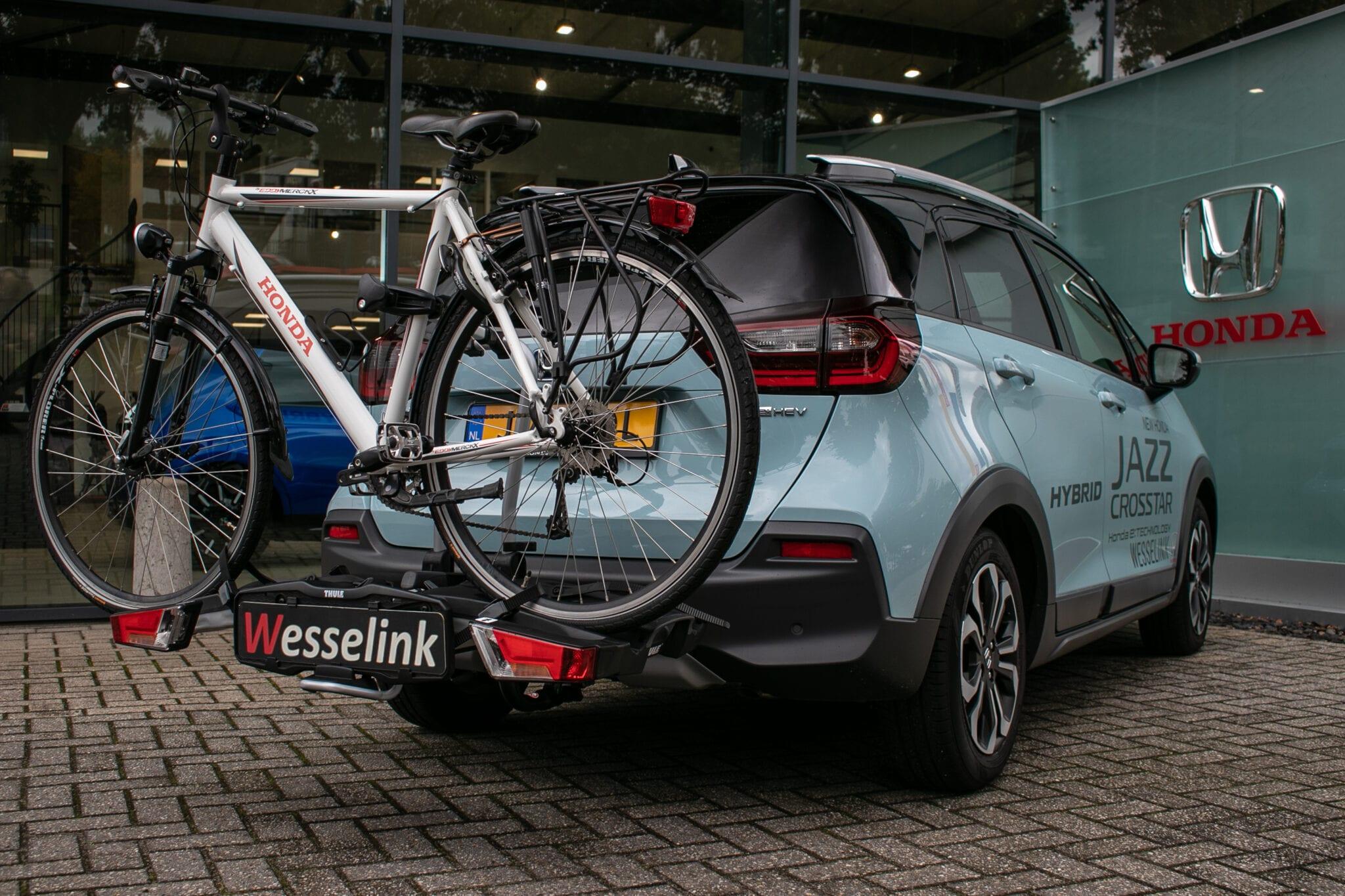 De nieuwe Honda Jazz Crosstar hybride is al avontuurlijk, maar met de toevoeging van een fietsendrager of baggagebox staat dit garant voor nog meer onvergetelijke trips