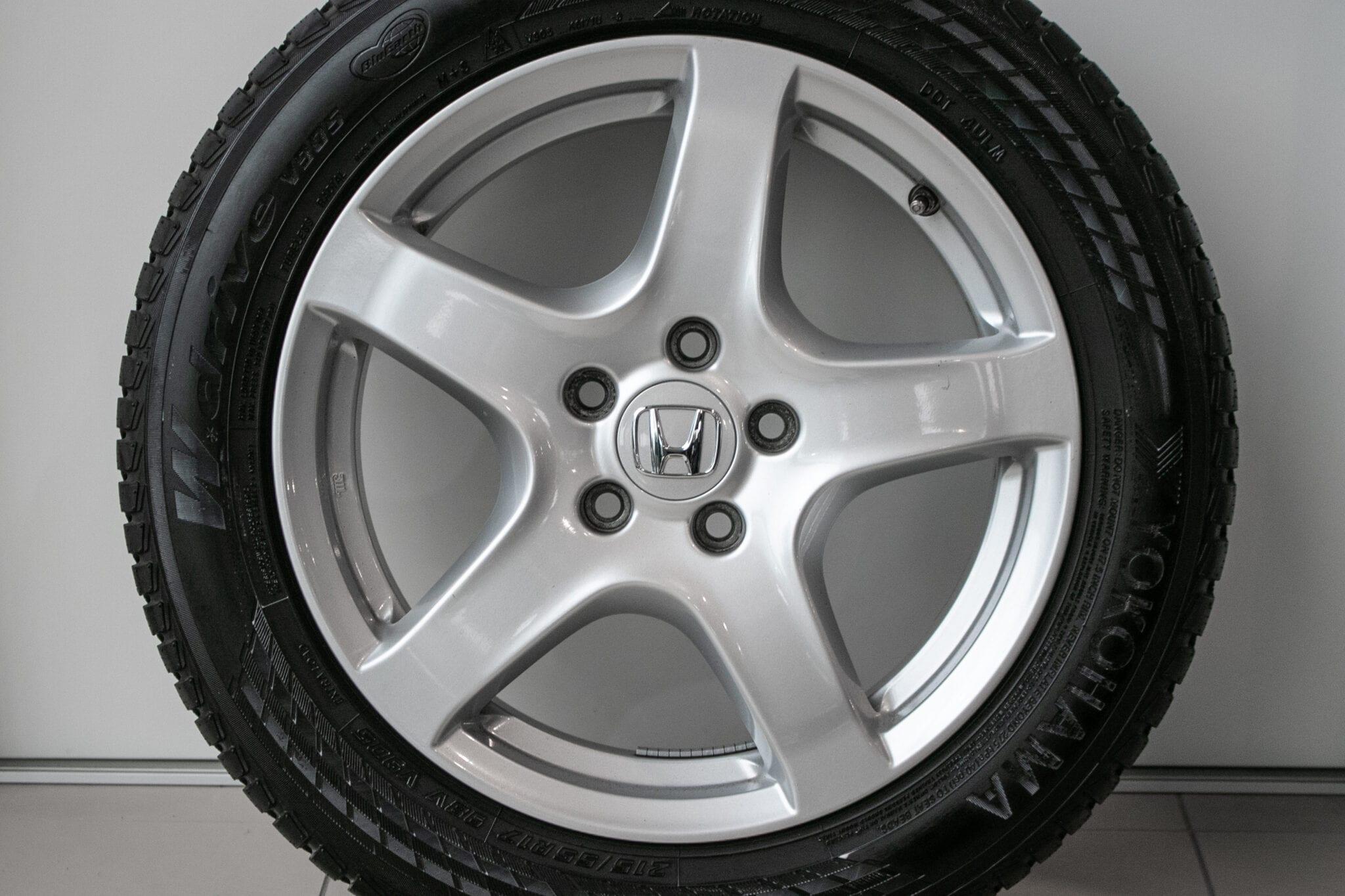 """17"""" Winterwielen voor de Honda HR-V ('16-'20)  €599,- Gebruikt. Profieldiepte: 6.7mm - 7.1mm"""