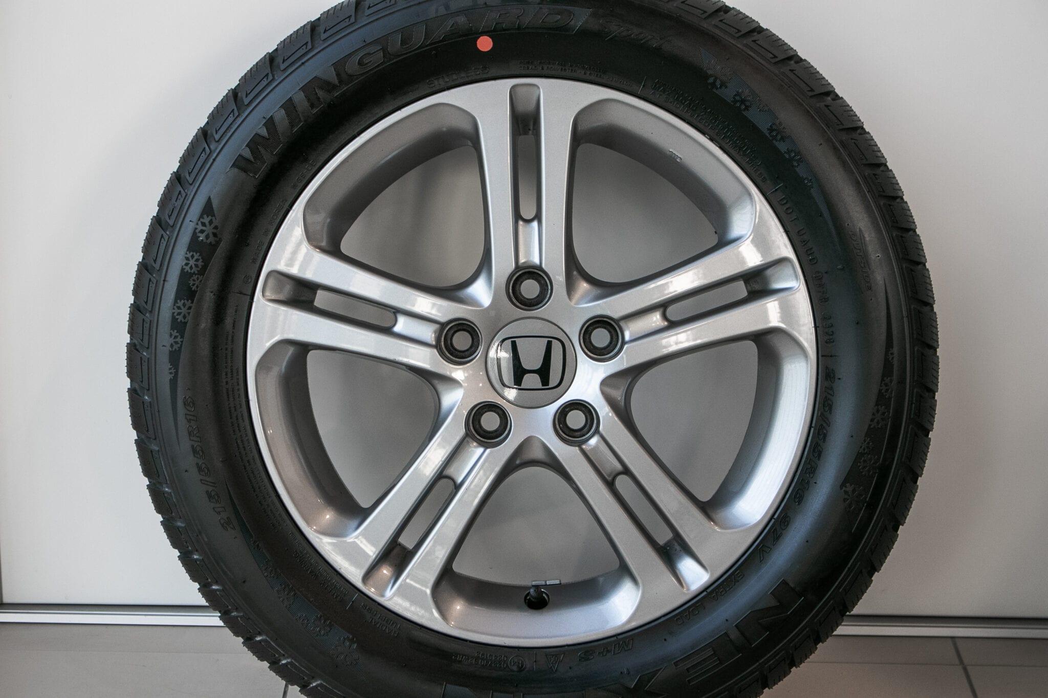 """16"""" Winterwielen voor de Honda Civic ('17-'20) €699,- Nieuw! Profieldiepte: Nieuw!"""