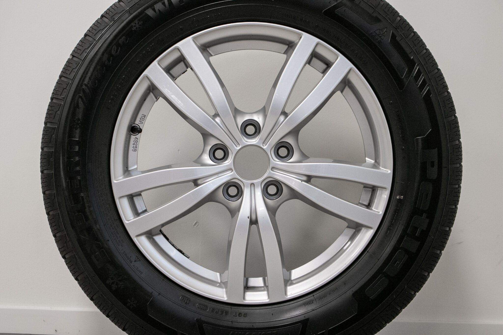 """17"""" Winterwielen voor de Honda CR-V ('07-'17) € N.O.T.K. Gebruikt. Profieldiepte: 3.5mm - 5.5mm"""