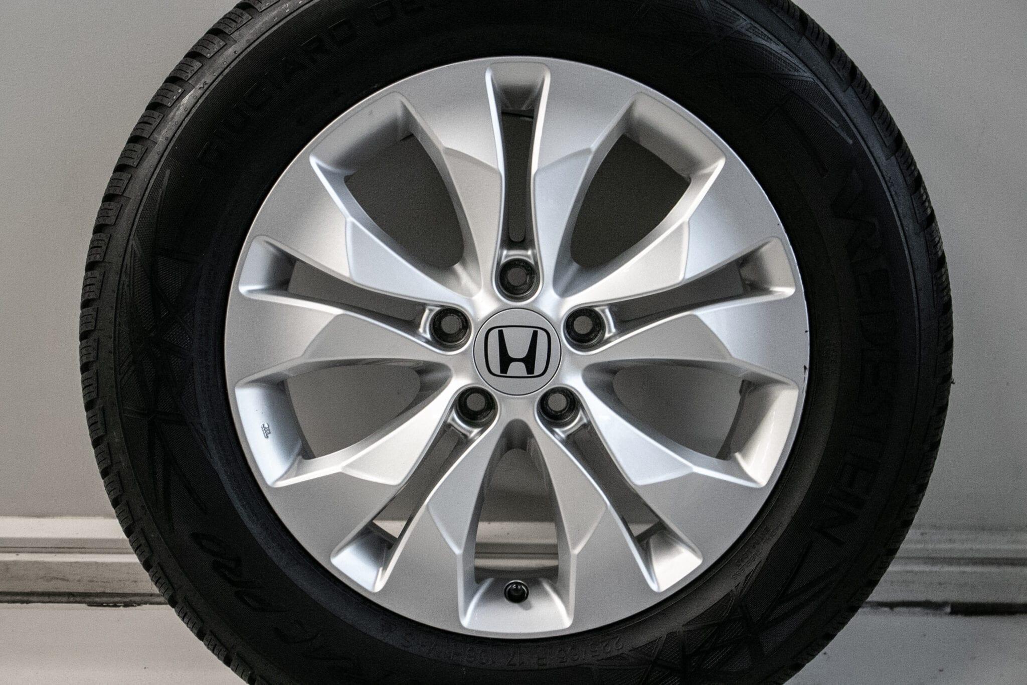 17″ Winterwielen voor de Honda CR-V ('07-'17)  €799,-  Nieuwe banden