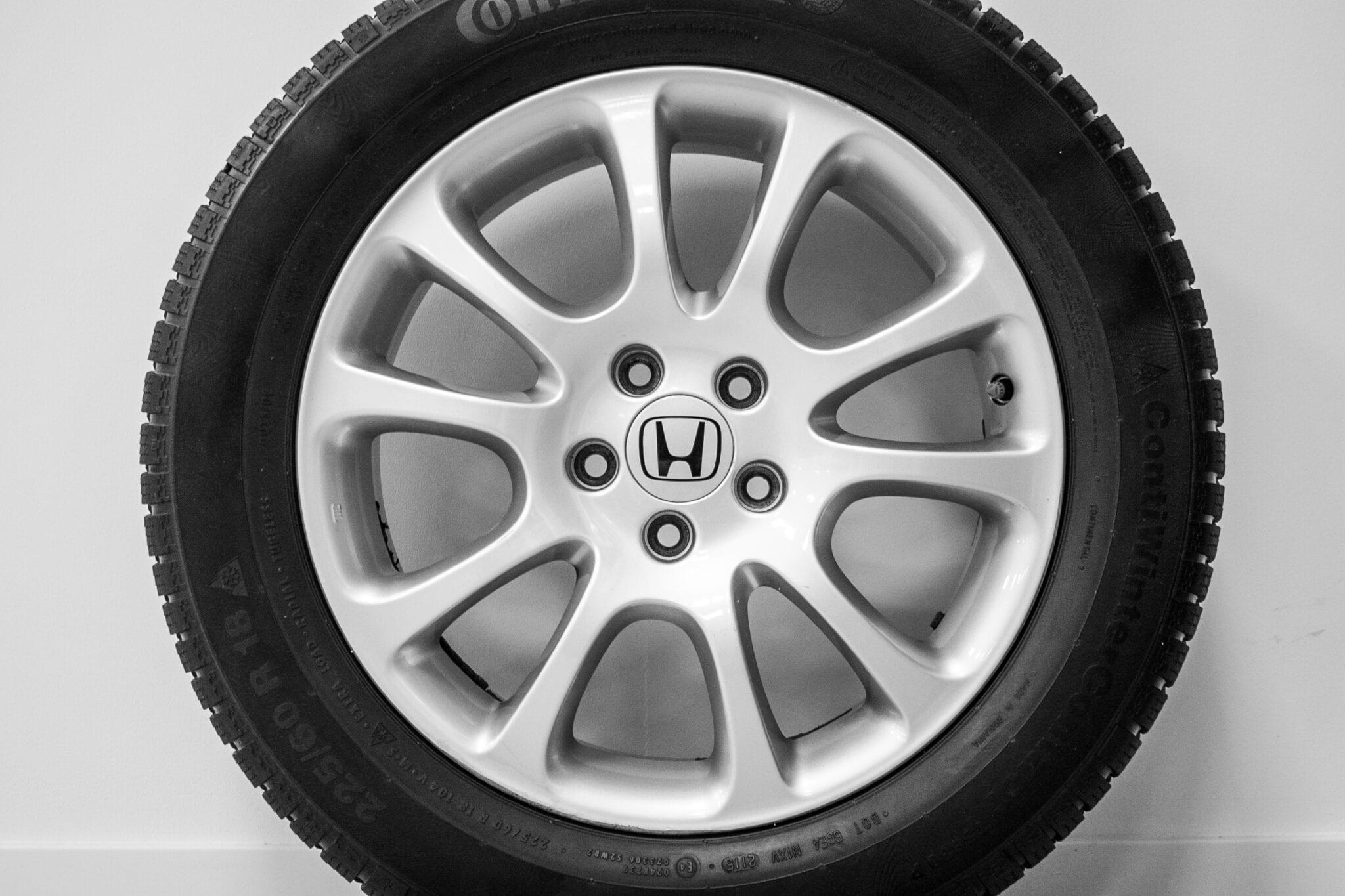 """18"""" Winterwielen voor de Honda CR-V ('07-'17) €499,- Gebruikt. Profieldiepte: 5.5mm - 6.5mm"""