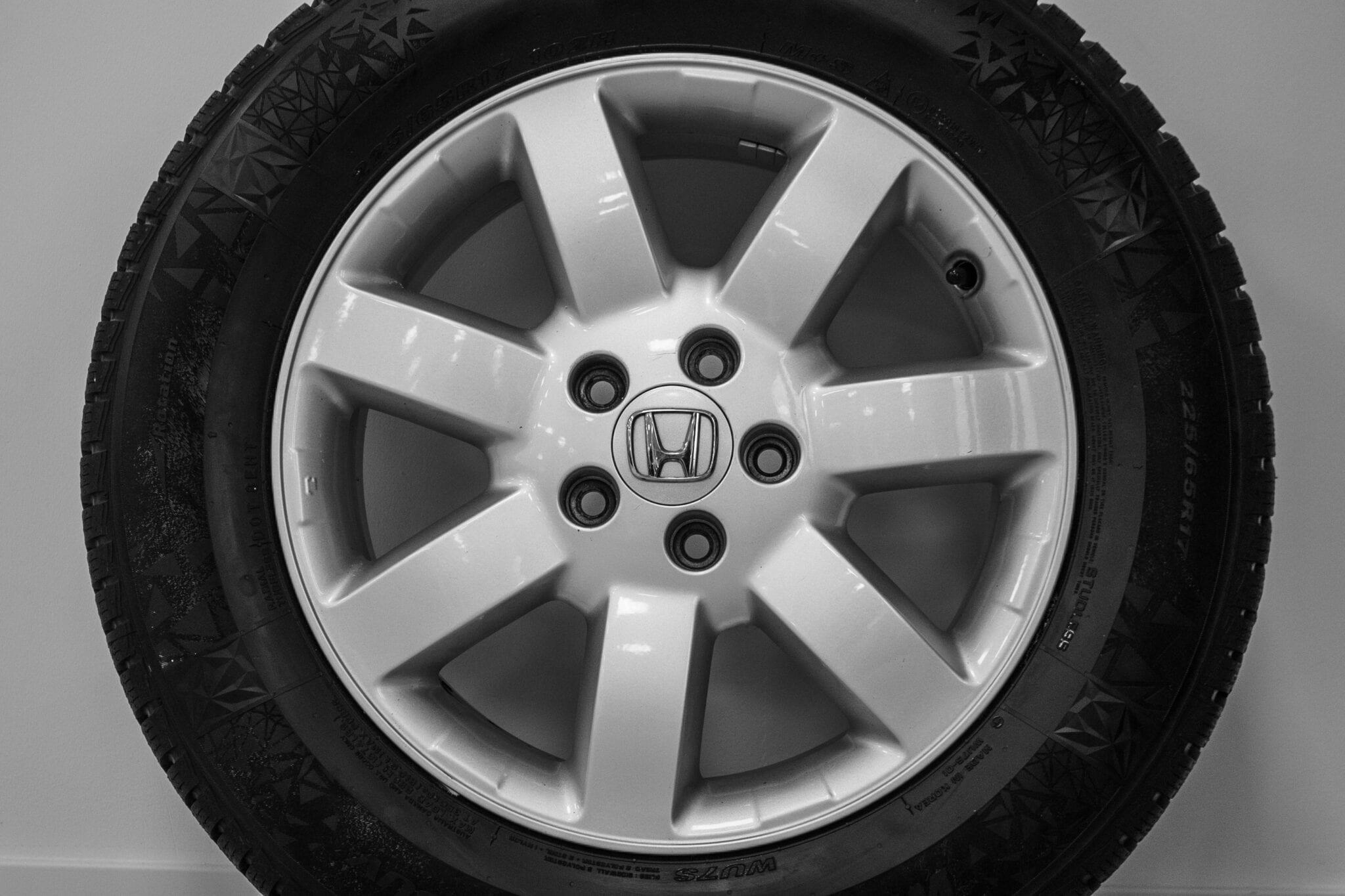 """17"""" Winterwielen voor de Honda CR-V ('07-'17) €599,- Nieuwe banden!"""