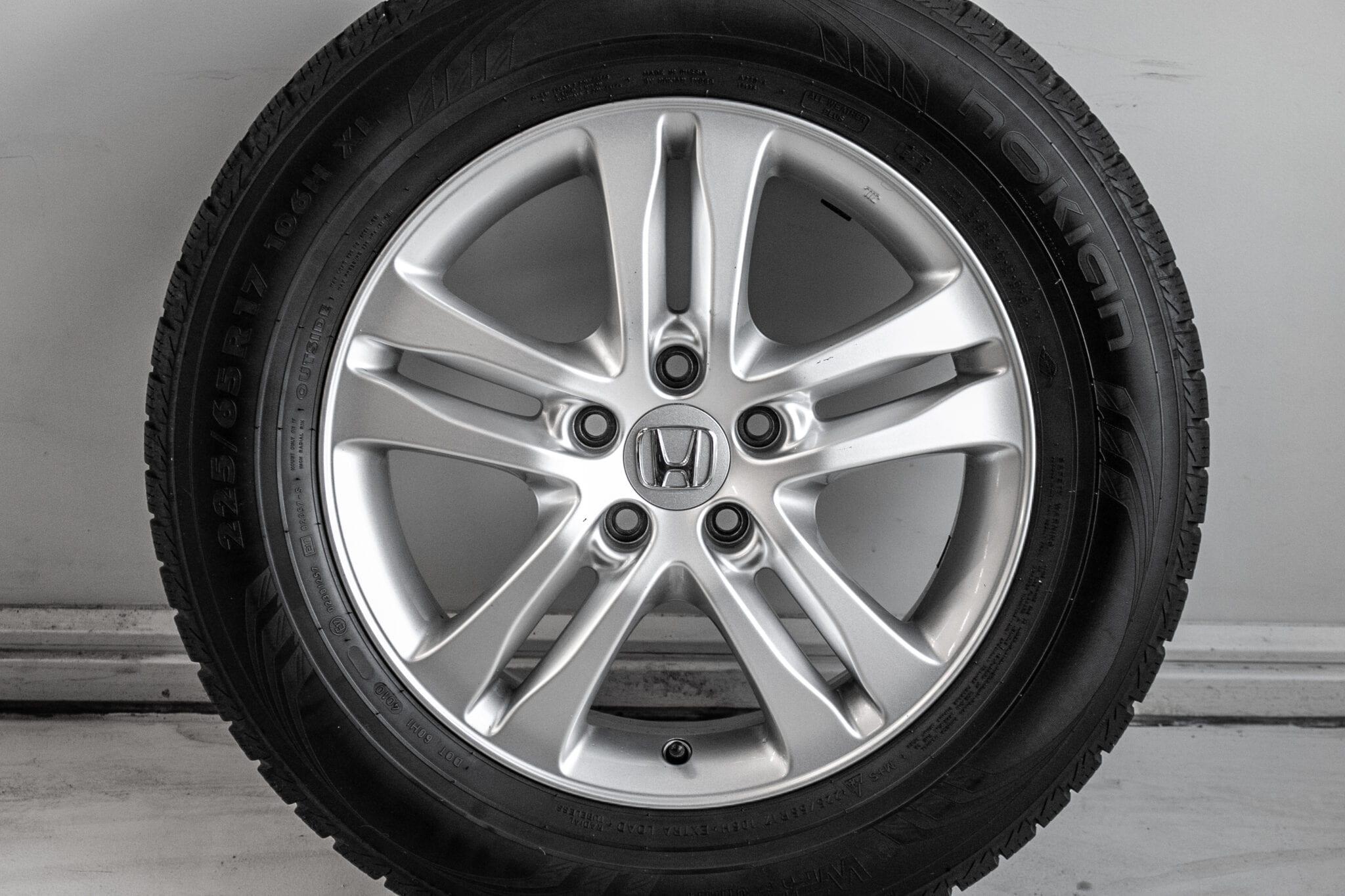 """17"""" Winterwielen voor de Honda CR-V ('07-'17) €399,- Gebruikt. Profieldiepte: 5.0mm - 5.5mm"""
